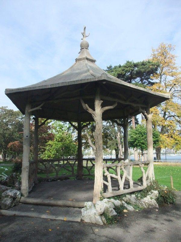 Gen ve jardin anglais au bord du lac suisse pinterest for Jardin anglais pinterest