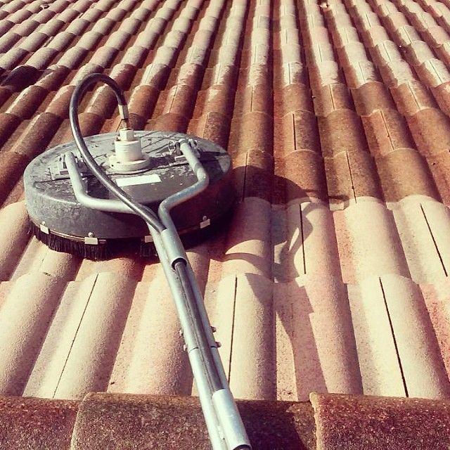 Power Washing And Cleaning Services Call Or Text 954 980 0454 Powerwash Pressurewash Sidewalk Roof Rustremov In 2020 Cleaning Service Cleaning Restoration Services