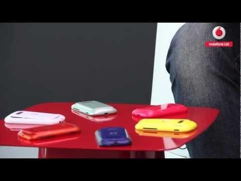 Come faccio a: personalizzare lo samrtphone Vodafone Smart 2 con le cover colorate