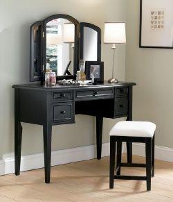 Best 25+ Vanity for bedroom ideas on Pinterest   Vanity for makeup ...