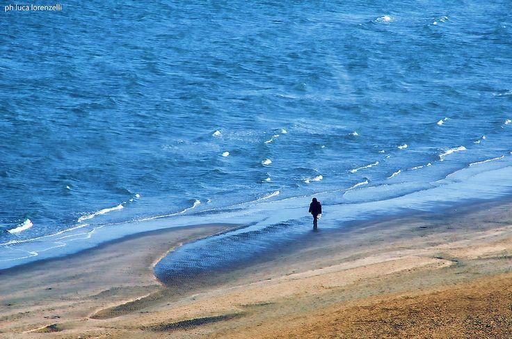 Sad Man Walking #rimini #painting #landscape #photography #fotografia #fotografi italiani  #italia #sfondi #emotional