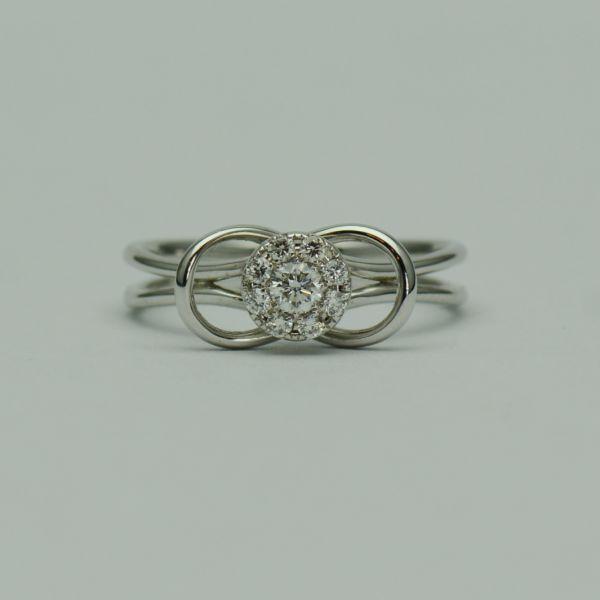 Inel aur alb, cu diamante rotunde #diamante #inelecudiamante #diamonds #diamondrings