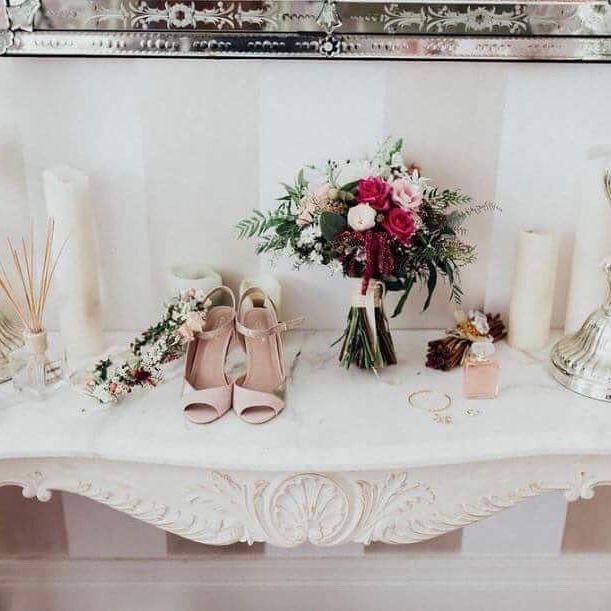 All those little details  by @laurenannephotography #weddingstyle #chrisandanique40317