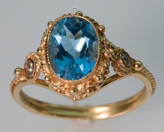Topacio azul y 14K anillo de oro con diamantes por FernandoJewelry