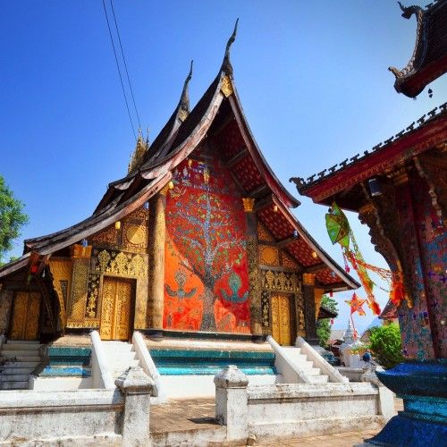 Luxury Guide of Luang Prabang with lifestyle and shopping tips and a collection of the best luxury hotels and resorts!