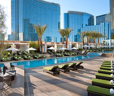 Best Pools in Las Vegas: Mandarin Oriental