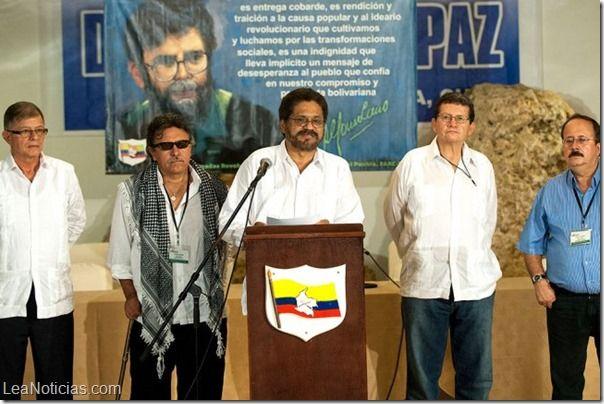 Se reanudan las negociaciones de paz entre el Gobierno colombiano y las FARC en Cuba - http://www.leanoticias.com/2014/01/13/se-reanudan-las-negociaciones-de-paz-entre-el-gobierno-colombiano-y-las-farc-en-cuba/