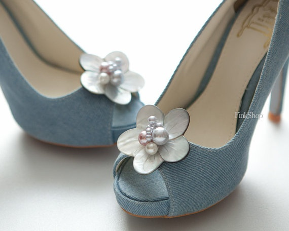 Set of 2 pcsMother of pearl Flower shoe clips by finkshop on Etsy, $48.00