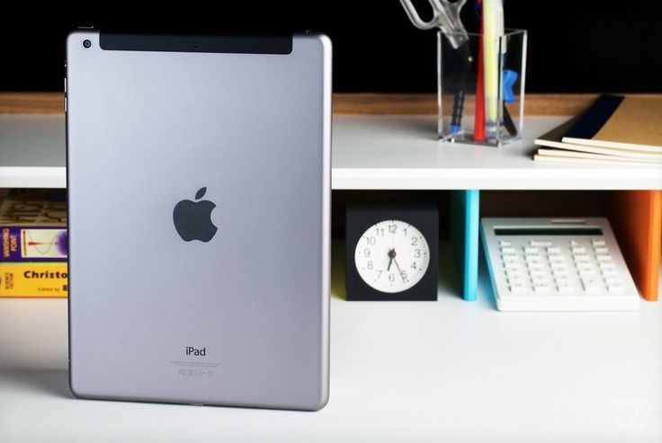 A timeline of Apple's category-defining tablet. bit.ly/1xMh40k