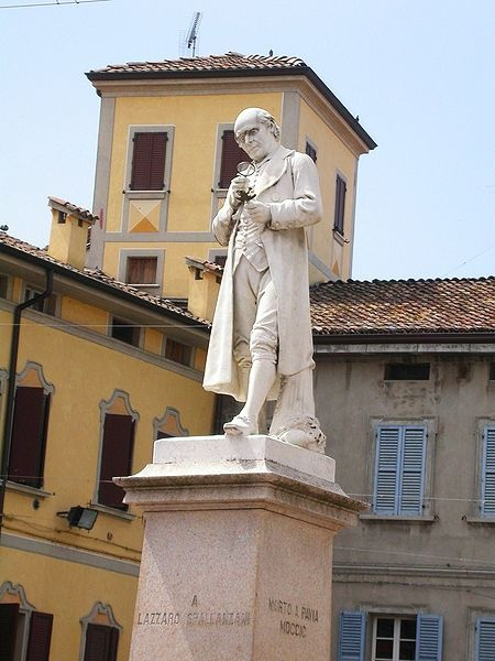 Scandiano, Monumento a Lazzaro Spallanzani by Turismo Emilia Romagna, via Flickr
