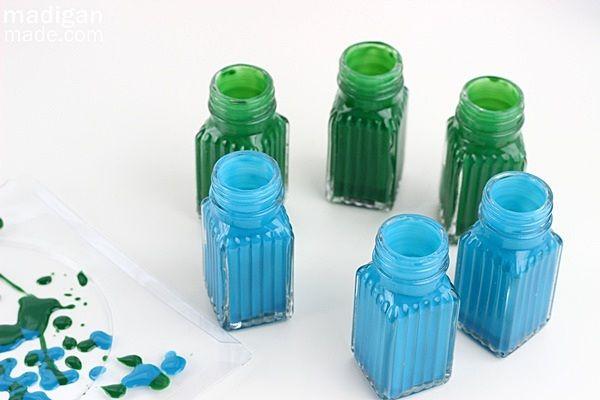 Faça você mesmo: transforme saleiros e pimenteiros em vasos de flores - Casa