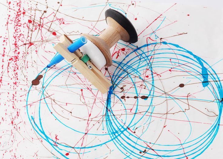 This wind-up toy by British design brand All Lovely Stuff creates abstract art when let loose on a sheet of paper.
