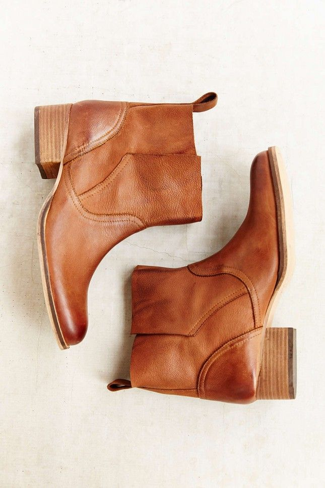 These leather boots are perfect for winter.