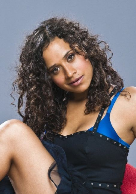 the dating angel Come 30th august, angel coulby will celebrate her birth anniversary she was  born in 1980 and it's believed she's romantically involved with bradley james.