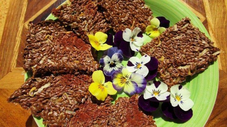Crackers Crudisti Piccanti ai Semi di Lino e Germogli di Soia