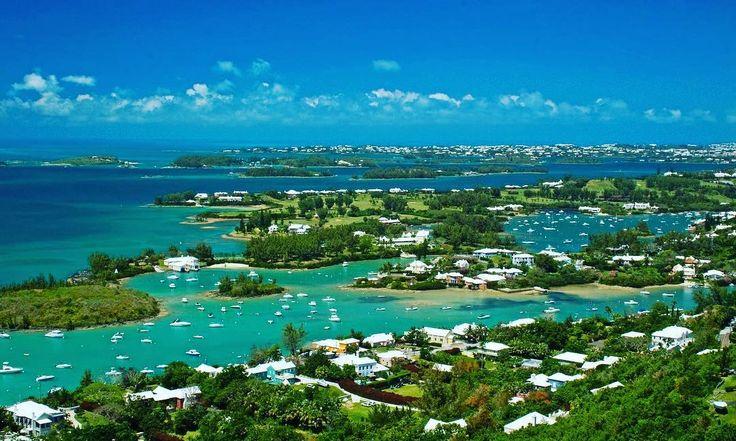 Don't forget about Bermuda awesome place! #bermuda #pinksandbeach #dolphins #beaches #portugueserock #sun #paradise #bermudashorts #shorts #travel #seethesights #vacation #vacationtime #timelesstravels