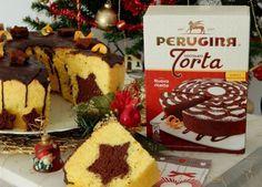 Chiffon cake di Natale, stupiamo tutti con un dolce goloso, profumato e con la sorpresa ad ogni fetta di una stella al cioccolato. Dolce per Natale.