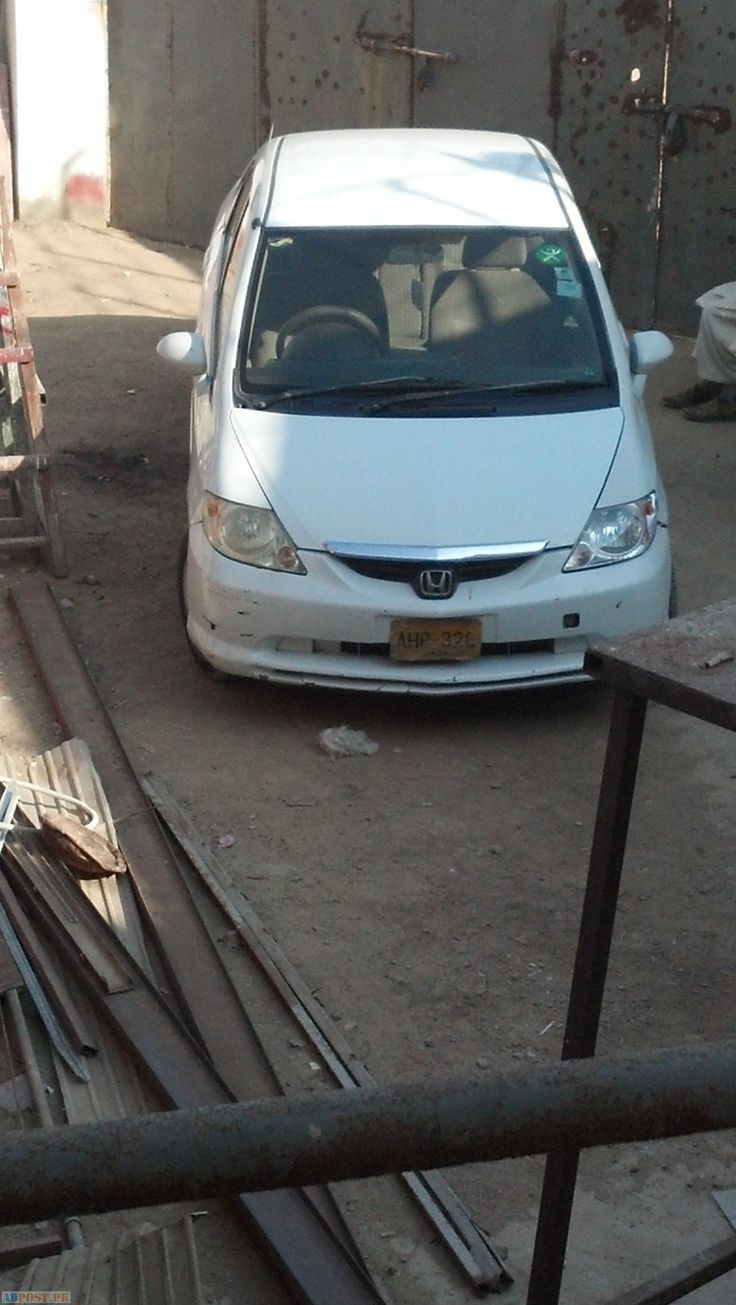Cars in karachi rs 675000 honda citi 2005 vario good condition need touchup whit color