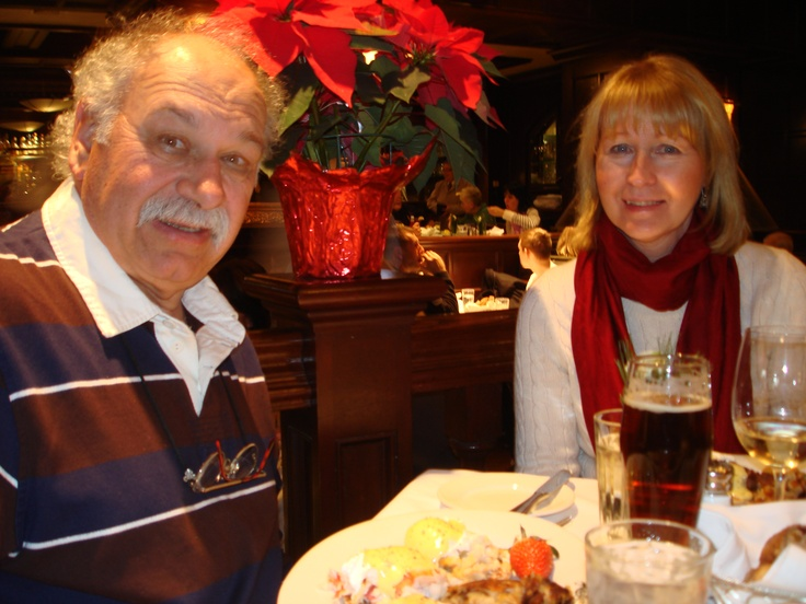 Abe and Louie's is another favorite restaurant. We have our annual Christmas shopping lunch with our friends Peter and Anne (photo).