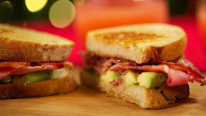 Avocado and bacon sandwich with bacon jam | Everyone loves a good bacon sandwich, and this one was inspired by my travels in America. While the toasted sandwich recipe makes enough for one serve, the bacon jam makes a whole jar that will keep refrigerated for up to a month, and it goes with just about anything.