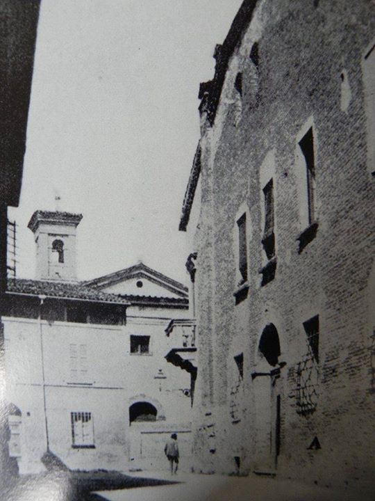 Early '900: House Graziani in Via Ponte Marini, destroyed by bombing in 1944. Thanks to Roberto Stanghellini for the picture - Photo by C'era una volta Ravenna on Facebook [ #ravenna #myRavenna]