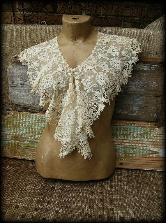 Vintage Embroidered Net Lace Collar