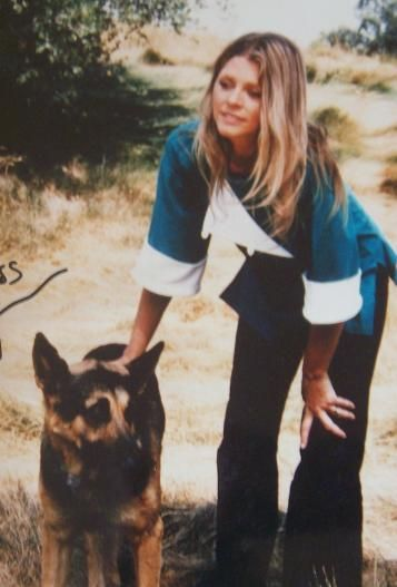 "Lindsay Wagner as ""The Bionic Woman"" with Max the Bionic Dog. (TV Series 1976–1978)"