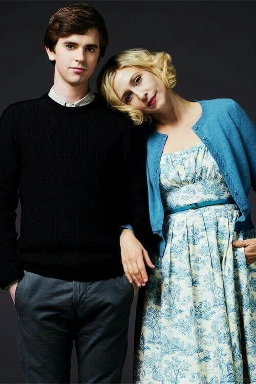 the personality disorders of norma bates in psycho and bates motel This fear became too strong to hold for him and as a result a personality of norma appears  bates motel, is it norma's  outcome of norman bates in psycho.