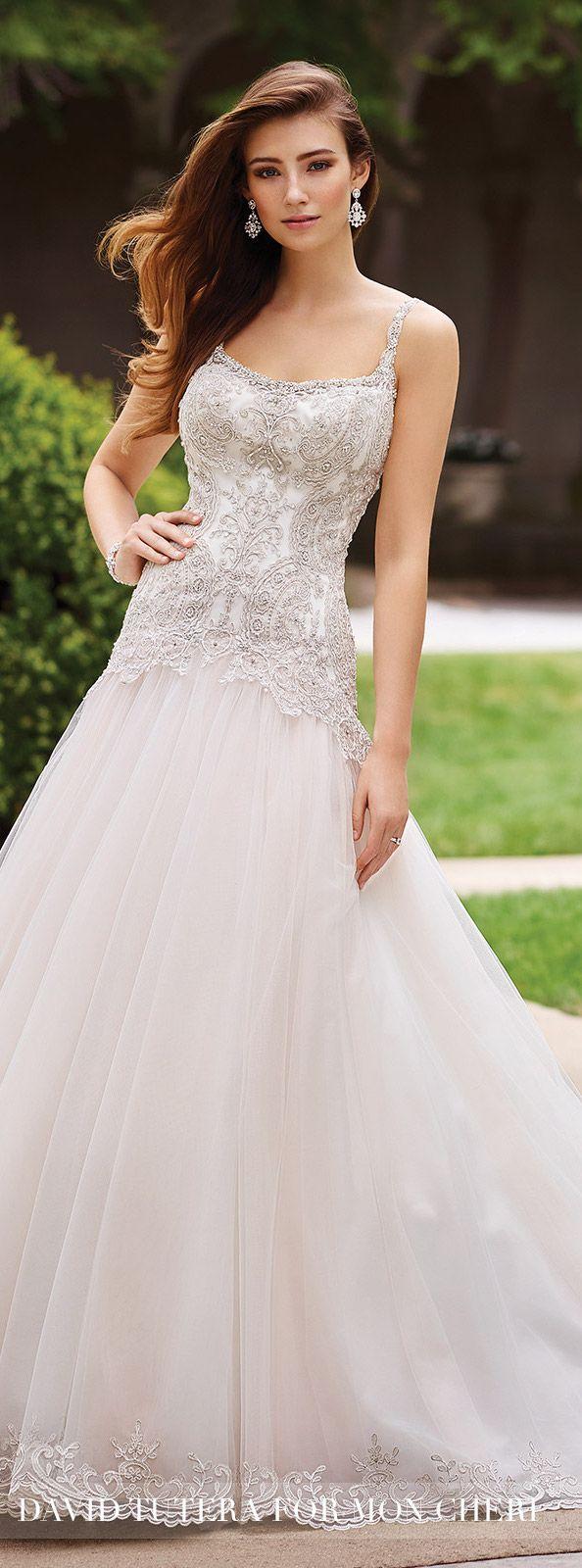 Wedding Dress by David Tutera for Mon Cheri 2017. mooi licht gekleurd borduurwerk en mooie vorm