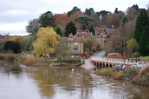 Bewdley - described as the most perfect small Georgian town in Worcestershire. Located on the River Severn, its name says it all - from the French words Beau Lieu - beautiful place.
