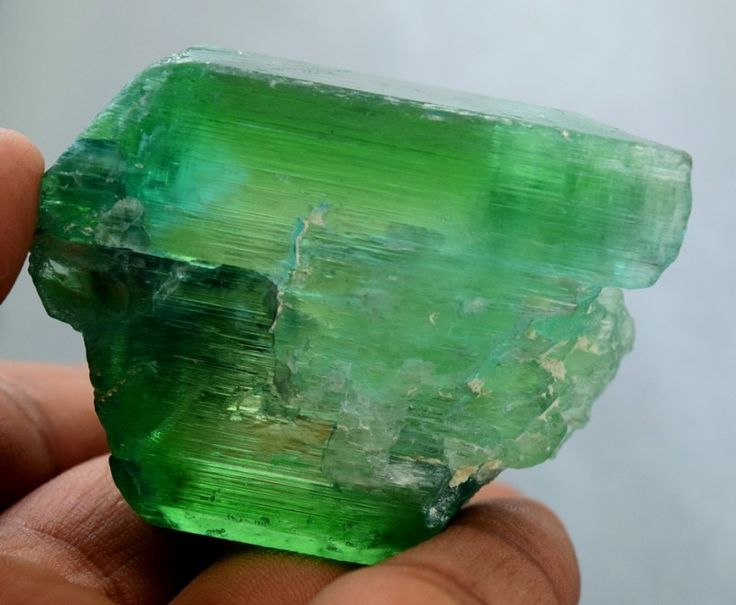 No Reserve - Lush Green Gem Grade Hiddenite Kunzite Crystal For Faceting Fr available on my gemrock store gemrockauctions.com/stores/k2gemstones For Interesting Buyers Only  Auction ending Tomorrow
