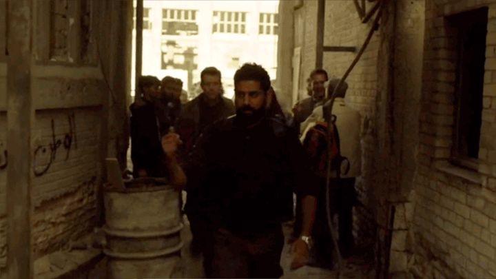 "Graffiti Artists Write ""Homeland Is Racist"" In Arabic On The Show's Set In Berlin – Pamukkale"