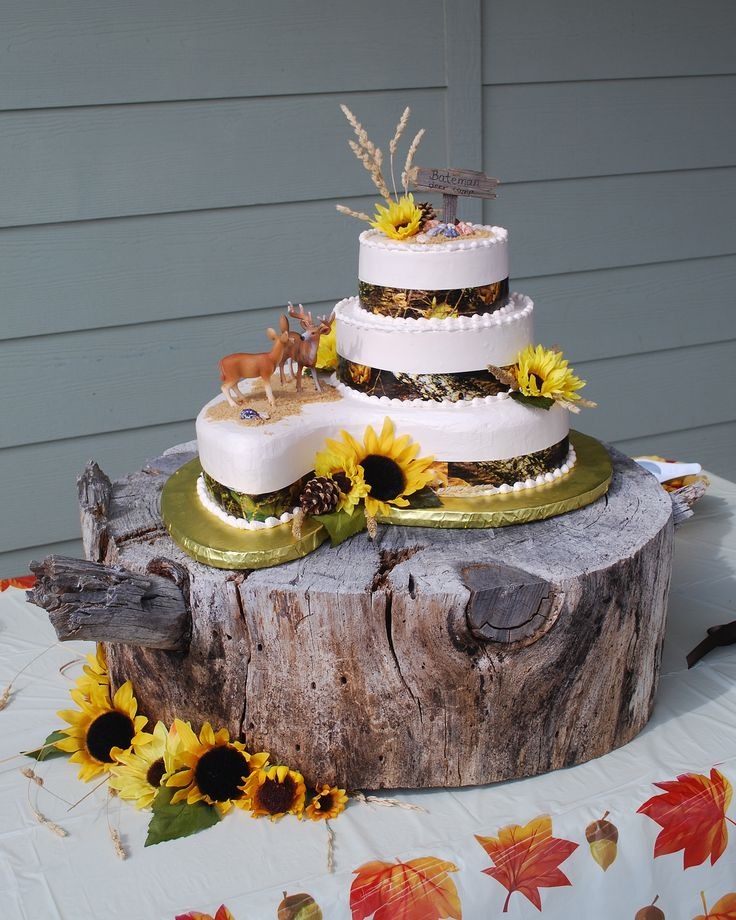wood slab for wedding cake best 25 camo wedding cakes ideas on camo 27613