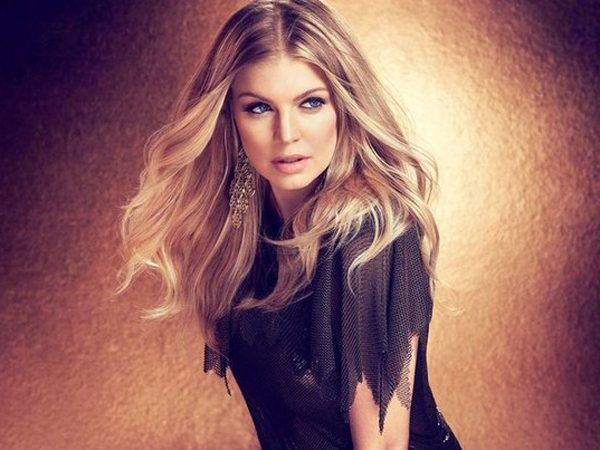 Black #Cosmopolitan Fergie Responds To 'American Idol' Rumors - BlkCosmo.com   #BisexualWomen, #Entertainment, #Fergie, #HIPHOP, #Music, #TheBlackEyedPeas         Is Fergie about to snatch a seat on the revived 'American Idol'? The Black Eyed Peas songstress certainly isn't denying the speculation. During an interview on ET Canada to promote new album 'Double Dutchess,' the singer offered a coy response when asked about her involvement with ABC's...   Read