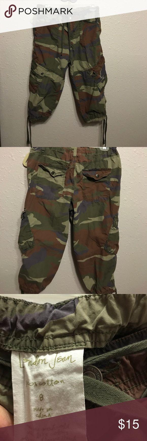London Jean Military Capris Pants London Jean Camouflage Capris Pants Size 8. In great condition. Smoke free home London Jean Pants Capris