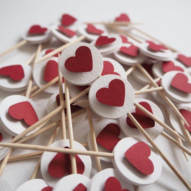 Mmmmm… przepadamy za wiśniami w letnim sezonie, a poza nim cieszymy się sercami w kolorze wiśni na naszych Minitopperach Cherry heart, też się nimi ciesz – najlepiej przez cały rok!