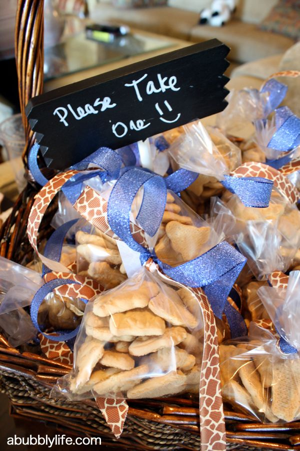 Having an animal-themed baby shower? Hand out these crackers as favors.
