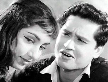 Sadhana in Ek Musafir Ek Hasina