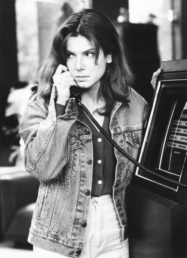 Sandra Bullock in The Net, 1995. Via http://hollywoodlady.tumblr.com/