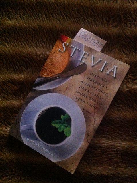 Libro sobre los beneficios de la Stevia