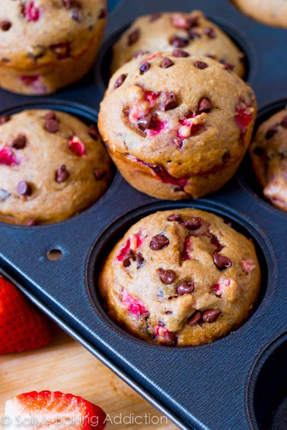 Skinny Strawberry Chocolate Chip Muffins - only 140 calories