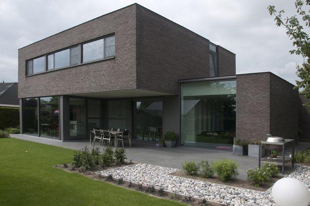 212 besten haus am hang bilder auf pinterest moderne h user grundriss einfamilienhaus und. Black Bedroom Furniture Sets. Home Design Ideas
