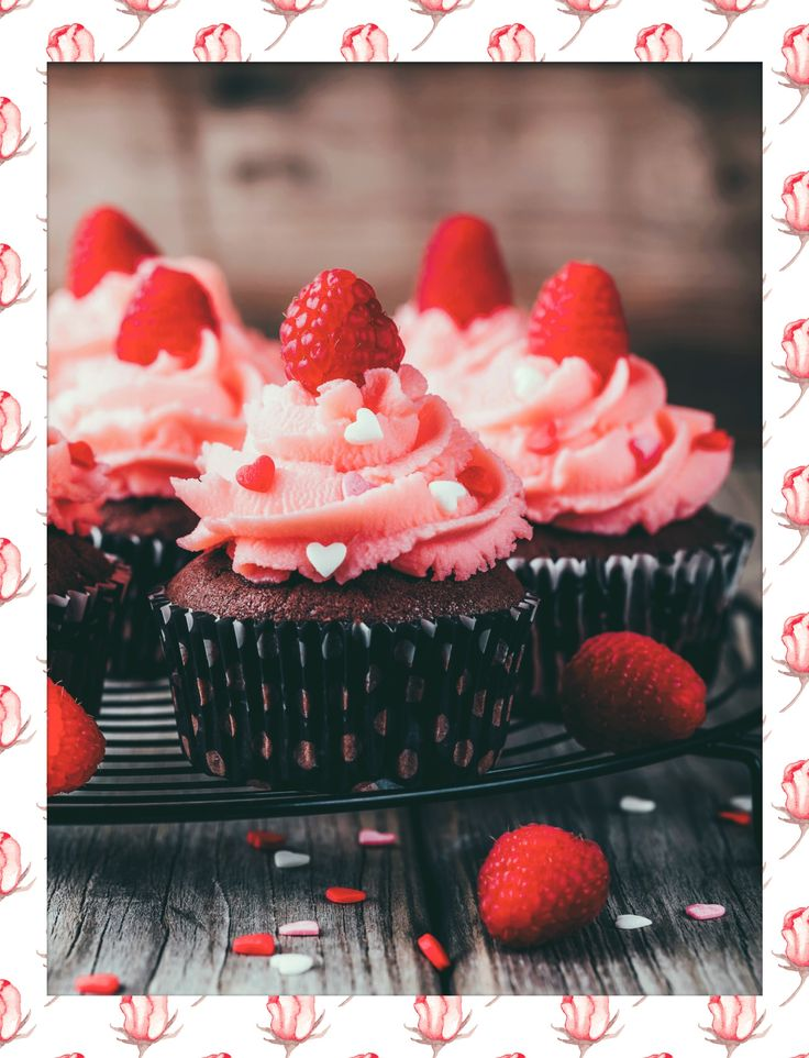 #Valentine #Cupcakes ❤️. Made with the #PolaroidFx Special Valentine #Frames! #Follow #Polaroid #Frame #Instant #ValentinesDay #Love #Cupcake #Food #Muffin #Dessert #Yummy #Sweet #Chocolate #Raspberry #Delicious