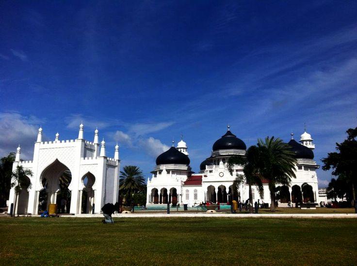 Mesjid Raya Baiturrahman, Banda Aceh.