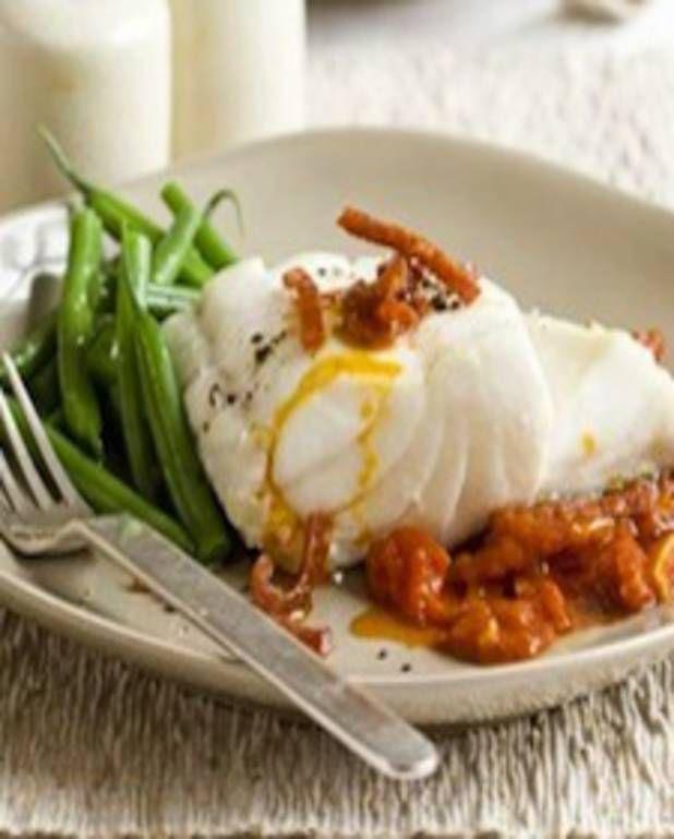 Morue à la sauce tomate et chorizo pour 2 personnes - Recettes Elle à Table