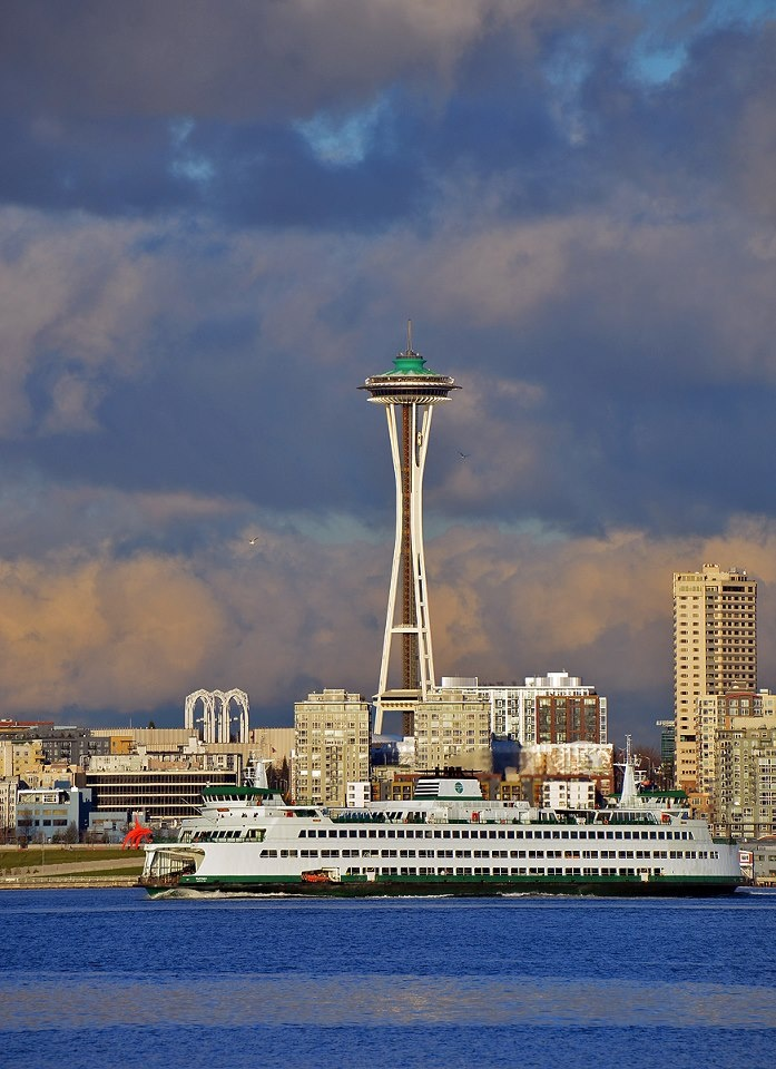 Seattle Waterfront ~ Washington What a beautiful city...Lived near here, in Redmond,Wash..