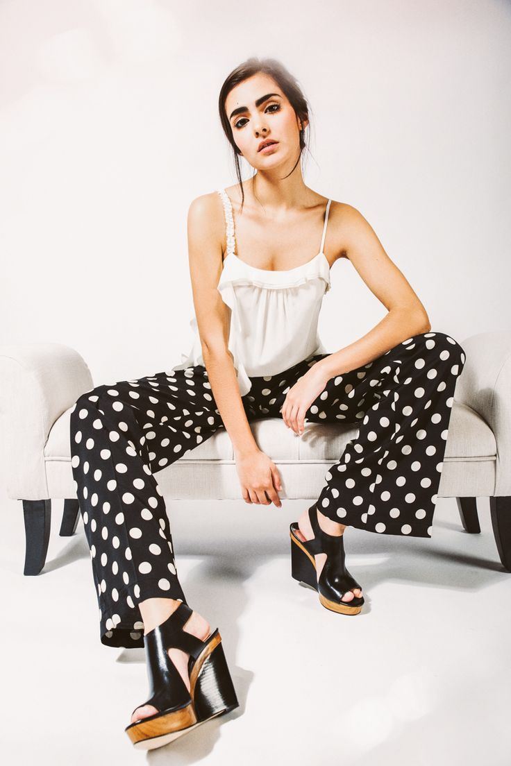 http://www.brosonline.es/pantalones/125-pantalon-de-lunares-twin-set.html