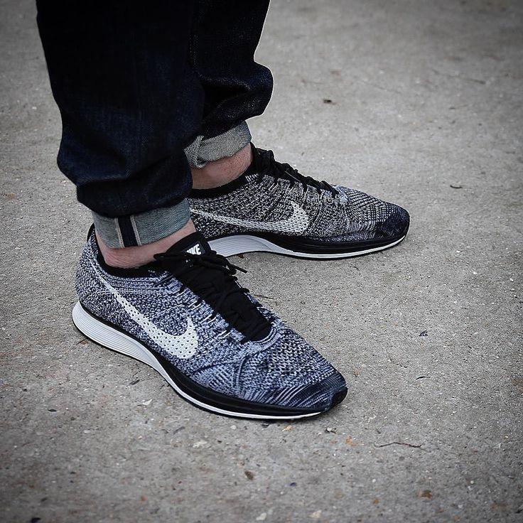 """""""Summer is coming"""" Nike flyknit racer """"oreo 2.0"""" Pic by @fivetok #flyknit #flyknitracer #flyknitheat #nikeflyknit #g1runners #klekttakeover #sneakersmag #runnersclubuk #sneakerplaats #hichemog #tijoojit #joyaparis #therealblacklist #sadp #crepecity #runnergang #thewordonthefeet #weartga #trocsneakers #snkrhds #runnerwally #sneakerheaduk #sneakerfreakerofficial #womft #womftig #thedropdate #runnersonly by krykor"""