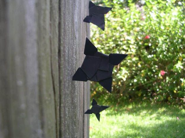 DIY Throwing Stars | Homemade Weapons for SHTF | How To Make Survival Gear for Self Defense and Hunting, check it out at http://survivallife.com/homemade-weapons-shtf/