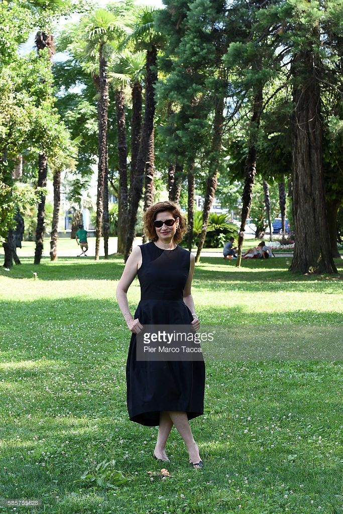 Photo d'actualité : Actress Emmanuelle Devos attends 'Moka' photocall...